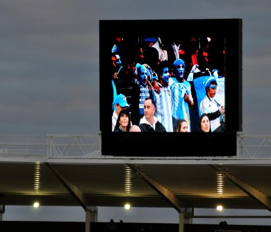 Pantalla en el estadio 2