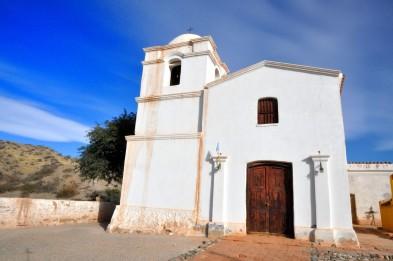 Iglesia en el camino de Cafayate a Cachi