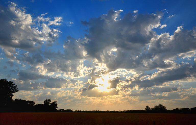Amaneciendo nublado