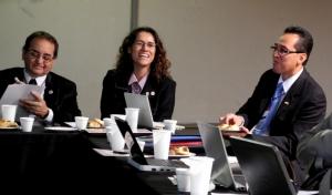 Marlon Aguilar Chávez, Daniela Farias Scarassatti, y Manuel Llarul