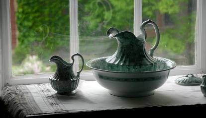 Interesante vajilla. Fotografía tomada en la casa de Henry Wadsworth Longfellow en Boston, USA.