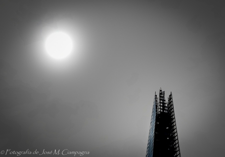 The shard y el sol
