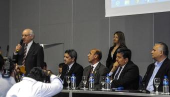Agradecimiento del agrimensor Héctor Vicente Laitán por el premio Shuster