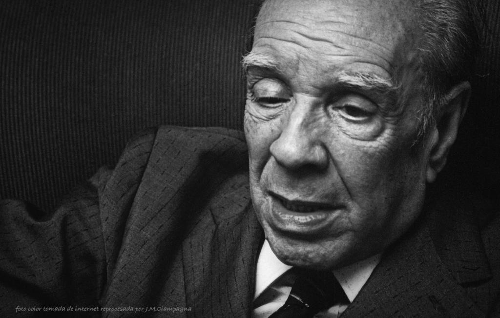 Jorge Luis Borges,   (Foto original de Raúl Urbina/Cover/Getty Images)