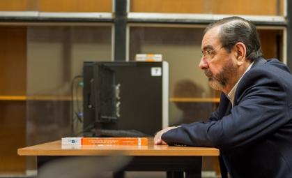 Profesor Felix Roca