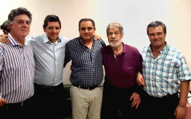 Agrimensores: Oliver, Carlos Diez, Sergio Sosa, Carlos Grosso, y Horacio Dimarco