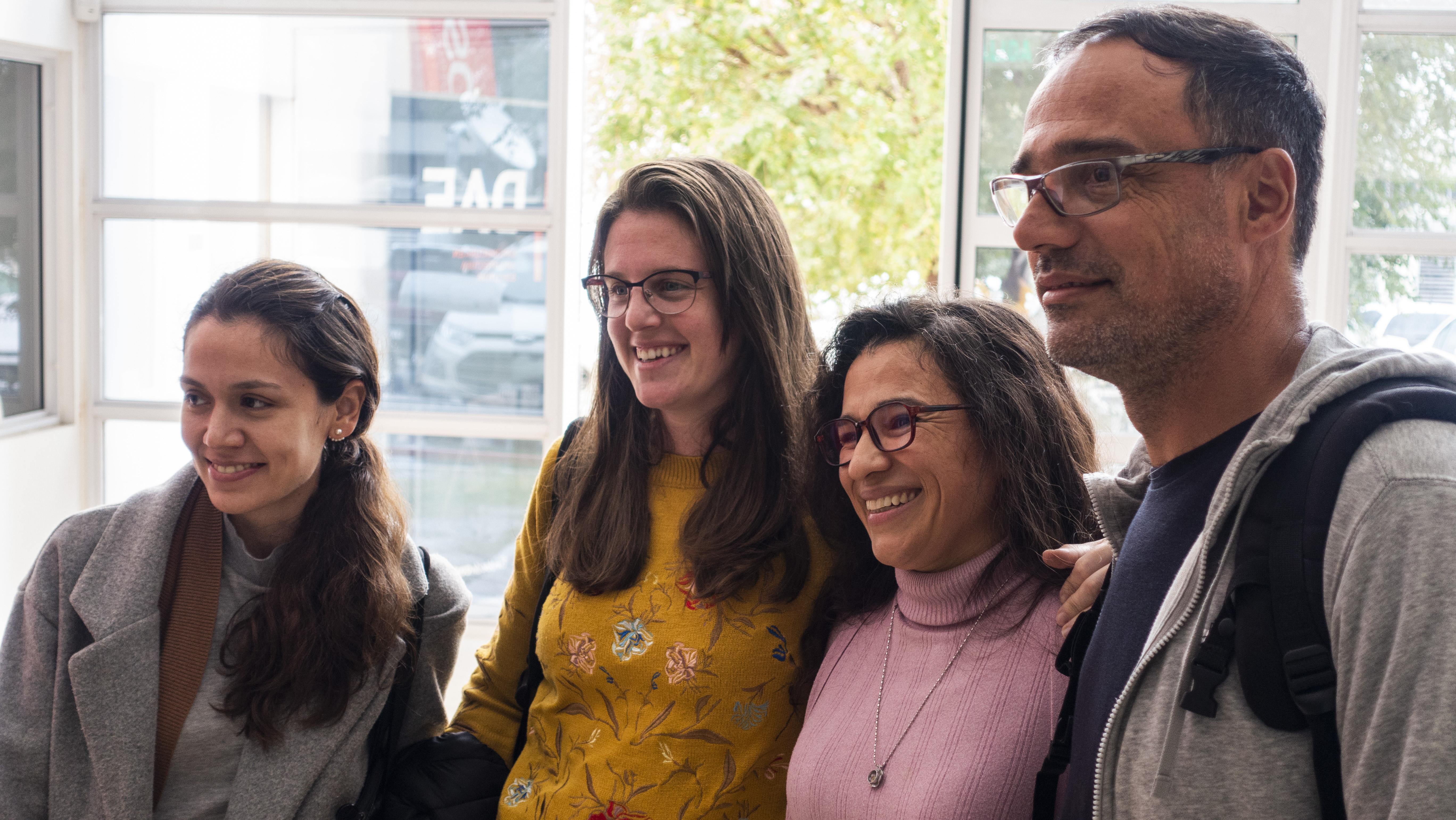 Paola y compañeros de la Facultad